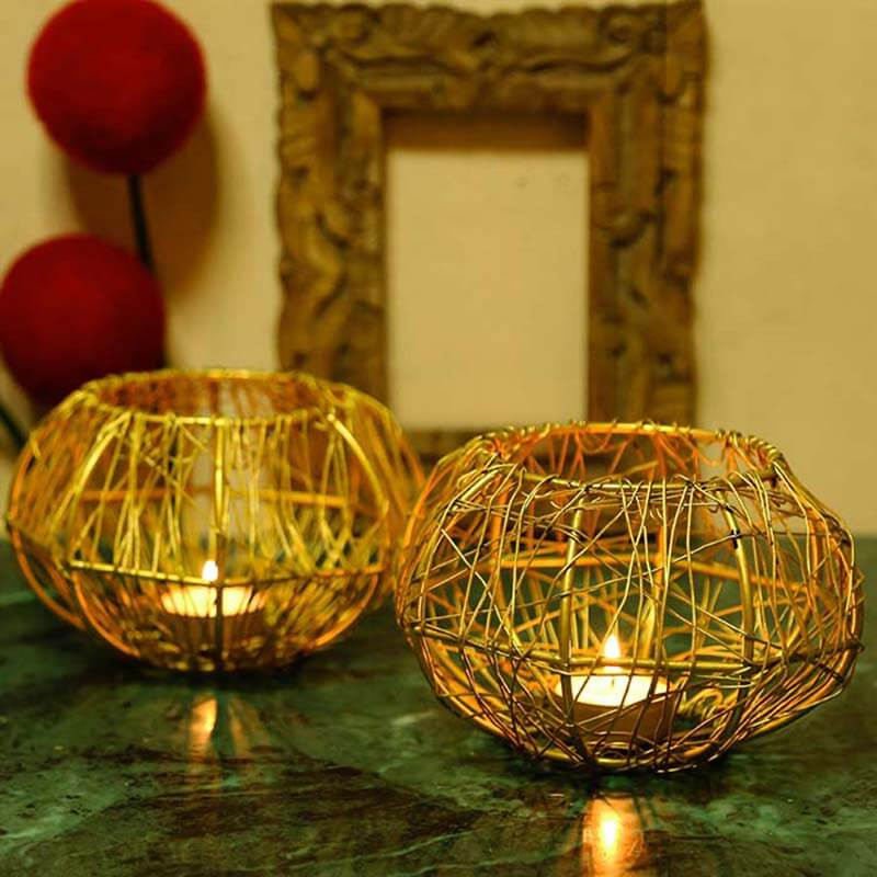 Wire Tangle Golden T-Light Holder Set of 2 Small, Metal Candle Holder Stand with Free Candle